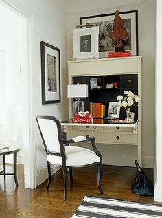 16 Tricks To Make Your Small Rooms Look Bigger + Mistakes To Avoid - laurel home - via One King's Lane - love home offices that can be tucked away Small Space Office, Home Office Space, Small Space Living, Home Office Design, Home Office Decor, Small Rooms, Small Spaces, Office Spaces, Office Designs