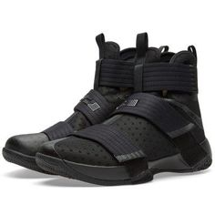 Nike LeBron Soldier 10 Buy the Nike LeBron Soldier 10 in Black from leading mens fashion retailer END. – only Fast shipping on all latest Nike products Nike Lebron, Trendy Shoes, Casual Shoes, Formal Shoes, Shoes Oxford, Zapatillas Nike Basketball, Nike Tennis, Girls Basketball Shoes, Shoes