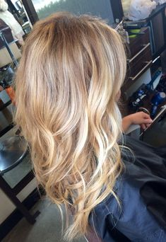 Warm Blonde balayage