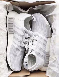 shoes,adidas nmd,grey adidas,adidas - Sneaker - Best Shoes World Sneakers Vans, Moda Sneakers, Sneakers Fashion, Fashion Shoes, Cute Addidas Shoes, Cute Sneakers, Fashion Fashion, Cute Nike Shoes, Womens Fashion