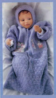 Вязаный конверт для малыша спицами
