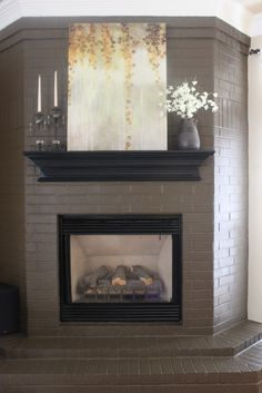 Home Renovation Fireplace If I ever have a brick fireplace, I want to remember this paint / mantle color scheme combo Brick Fireplace Mantles, Painted Brick Fireplaces, Paint Fireplace, Brick Fireplace Makeover, Home Fireplace, Fireplace Remodel, Fireplace Design, Fireplace Ideas, Paint Brick