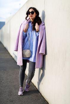 Mauve / lilac coat & sneakers~ my kinda spring colours!