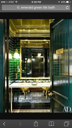 Vintage Interior Design In the bathroom of Ralph Lauren's Manhattan Polo Bar, emerald-green tile and brass details lend retro glamour to a washroom - These 21 images from the AD archives will inspire you to add a hint of metallic flair to your home Architectural Digest, Ideas Baños, Tile Ideas, Toilette Design, Home Design, Interior Design, Bath Design, Design Ideas, Design Styles