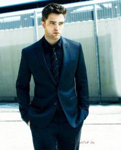 An Robert Pattinson  Edit By @PattinsonWorld..