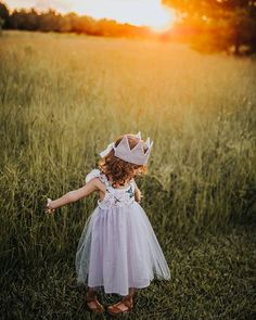 Live your life with arms wide open  . . . . #momswithcameras #magicofchildhood #clickmagazine #kidsfashion #thecolorpurple #letthembelittle