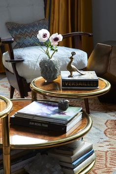 """<span class=""""title"""">UPTOWN DOWNTOWN</span>   <br> Coffee Table Detail"""