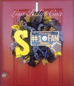 Steelers Deco Mesh Wreath #houndstooth #steelers