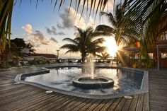 Sunbreeze Hotel - Contact Us