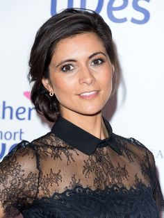 images of lucy verasamy hair styles Itv Weather Girl, Weather Girl Lucy, Sophie Bush, Juicy Lucy, Tv Presenters, Cute Beauty, Young Models, My Tumblr, Gorgeous Women