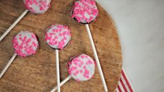Valentine's Day Oreo Pop | Southern Living