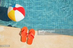 157563550-swimming-pool-summer-vacation-fun-with-gettyimages.jpg (507×338)