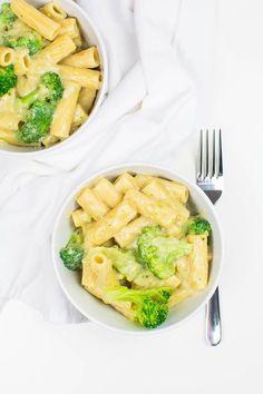 Einfache Tortiglioni mit Brokkoli in cremiger Sauce (vegan)