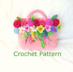 How to make this Crochet Felted Flower Bag Pattern Tutorial. You can download this tutorial shortly after you paid. ** This is a very
