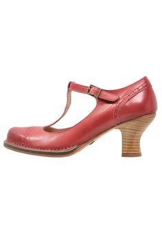 Chaussures Neosens Escarpins - geranium rouge: 149,95 € chez Zalando (au 26/03/17). Livraison et retours gratuits et service client gratuit au 0800 915 207.