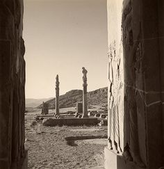 Horst P. Horst, View of ruins at the palace of Persepolis, Persia, 1949. © Condé Nast/Horst Estate