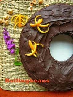 Ciambella al profumo di arancia e rosmarino Orange rosemary cake #ricette #vegan #dolci ricette vegane vegan recipes