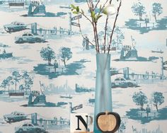 Wallpaper New York Toile (Cream, Ocean blue, Pale blue shimmer, Black grey) Toile Wallpaper, Kitchen Wallpaper, New Wallpaper, Pattern Wallpaper, New York, Black And Grey Wallpaper, Basic Colors, Colours, Hygge Home