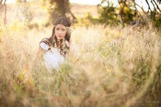 hippie style plano texas senior portraits in tall grass field