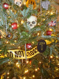 Sherlock Christmas tree! Click to check out all of her pictures from her very Sherlock Christmas