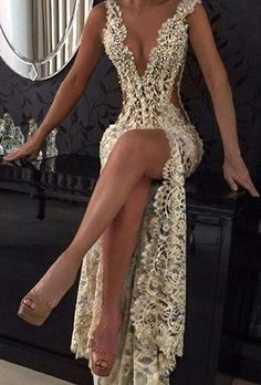 Sexy Lace Prom Dresses Sheer Plunging Neck Front Slit Evening Dress