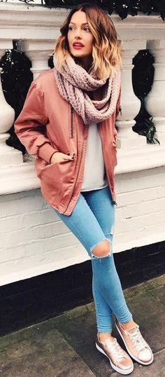 Shades Of Pink & Rose Gold | Caroline Receveur Source