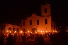 Semana Santa em Paraty  Procissão do Fogaréu  Do site www.paraty.com.br  Crédito: Ricardo Gaspar