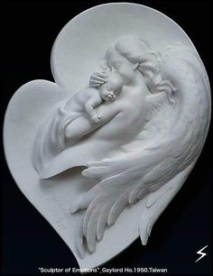 Gaylord Ho is a master sculptor and an inspired artist. His goal in every sculpture is to capture forever the fleeting emotion of a single moment in time, such as the moment before a kiss. Memes Arte, I Believe In Angels, Ange Demon, Angel Statues, Jolie Photo, Angel Art, Mural Art, Clay Art, Sculpture Art