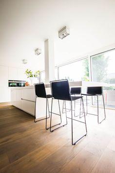 Most Popular Kitchen Design Ideas for 2019 Kitchen Bar Design, Interior Design Kitchen, Kitchen Designs, Kitchen Ideas, Urban Decor, Functional Kitchen, Luxury Homes Interior, Kitchen Photos, Decorating Small Spaces