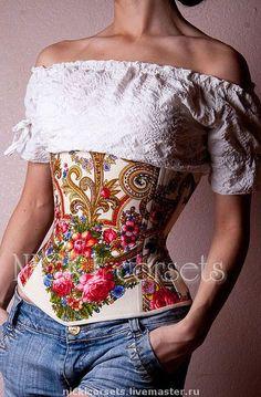 Утягивающий корсет. Корсет выполнен из настоящего павлопосадского платка. Имеет 14 металлических костей, подкладка 100 % хлопок.   Утяжка в талии от 10 см.. Возможно изготовление другой расцветки.  Ткань в стоимость не входит. Corset Sexy, Corset Outfit, Underbust Corset, Corset Blouse, Black Corset, Look Fashion, Fashion Outfits, Womens Fashion, Fashion Design