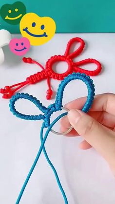Rope Crafts, Diy And Crafts, Arts And Crafts, Diy Bracelets Easy, Bracelet Crafts, Dammit Doll, Feather Drawing, Hand Lettering Alphabet, Passementerie