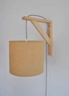 Lampe équerre - applique murale - tissu japonnais moutarde , bleu