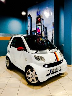 In honor of Mercedes Benz decided to customize our smart 450 with the German flag, #fortwo450