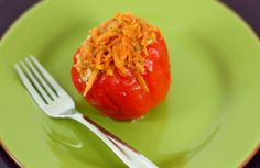 The stuffed bell peppers have are easy and quick to make. One stuffed bell pepper is a meal in itself. A classic Russian family dish. Ukrainian Recipes, Russian Recipes, Ukrainian Food, Just Eat It, Quick Dinner Recipes, Other Recipes, Healthy Recipes, Savoury Recipes, Healthy Food