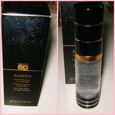 En el blog de Elena encontramos esta prueba de producto sobre la prebase de maquillaje booster de être belle.