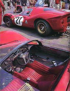 Ferrari 330 P - 1967 Le Mans 24H Ferrari 330 P4.