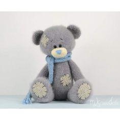 Me to you beertje (modificatie) pattern by Kristel Droog Crochet Teddy Bear Pattern, Crochet Bear, Crochet Doll Pattern, Crochet Patterns Amigurumi, Cute Crochet, Amigurumi Doll, Crochet Animals, Crochet Crafts, Crochet Dolls