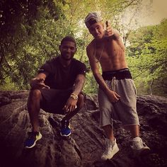 justin with usher :)