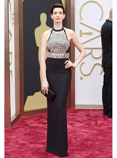 Anne Hathaway rocked her embellished Gucci LBD at the Oscars.