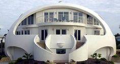 maison-a-l-architecture-etrange-et-bizarre-10