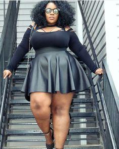 Stylish Plus-Size Fashion Ideas – Designer Fashion Tips Thick Girl Fashion, Plus Size Fashion For Women, Curvy Fashion, Plus Fashion, Ladies Fashion, Womens Fashion, Fashion Photo, Fashion Art, Fashion Ideas
