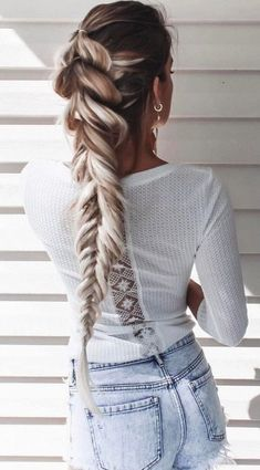 Trendy HairStyles Ideas : Different Types of Braided Hairstyles for Long Straight Hair Spring Hairstyles, Trendy Hairstyles, Straight Hairstyles, Gorgeous Hairstyles, Scene Hairstyles, Female Hairstyles, Braid Hairstyles, Short Haircuts, Hairstyle Ideas