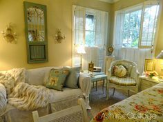 Ash Tree Cottage: Cheerful and Bright