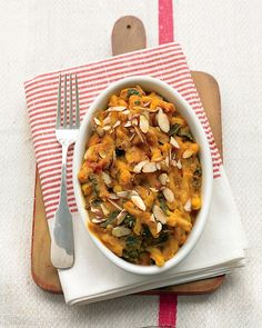 Pumpkin Pasta Canned pumpkin puree and jarred sun-dried tomato pesto create an easy sauce for gemelli pasta and sauteed kale. This vegan main dish is topped with sliced almonds and baked until golden. Get the Pumpkin Pasta Recipe Vegetarian Casserole, Pasta Casserole, Pasta Bake, Casserole Recipes, Pasta Recipes, Vegetarian Recipes, Cooking Recipes, Healthy Recipes, Pumpkin Casserole