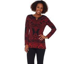 Put it in print. Love the way you look in this Susan Graver Liquid Knit tunic…