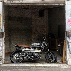 Something is going on... @soulmotorco by soulmotorco