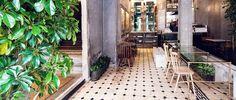 Athènes / Philos, un concept store aux murs dévastés / Rue Verte, Retail Store Design, Retail Stores, Fashion Wallpaper, Wallpaper Magazine, Restaurant Interior Design, Hospitality Design, Contemporary Interior, Ticket