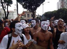 Manifestantes já se concentram no Campo Grande