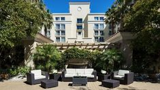 Find a venue for an event that suits your group at Hyatt Regency Valencia. Our indoor and outdoor versatile meeting spaces create the atmosphere you desire. Meeting Planner, All Inclusive Vacations, Santa Clarita, Ballrooms, Event Venues, Banquet, Regency, Valencia, Event Planning
