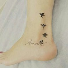 Likes, 9 Kommentare – Tattoobrasil Magazine (Revistatattoobrasil) at Ins … - tatoo feminina Mini Tattoos, Foot Tattoos, Cute Tattoos, Beautiful Tattoos, Body Art Tattoos, New Tattoos, Small Tattoos, Tatoos, Unique Wrist Tattoos